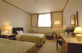 洋室(ツインルーム)27室