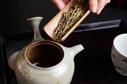 茶房 実生