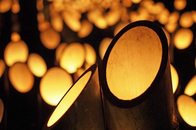 神竹灯「かみあかり」~ 穂高神社10000本の竹灯籠