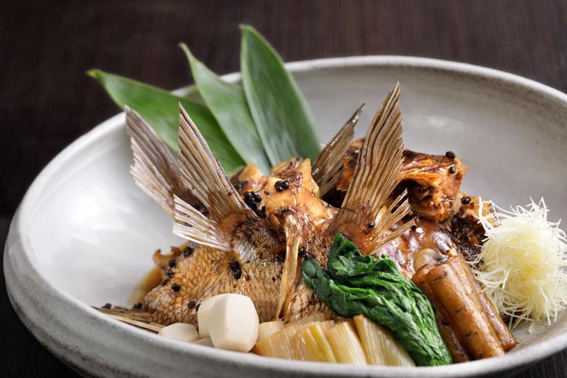 <一番人気>桜鯛のあら炊き(写真は4~5人前)