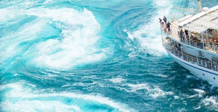 鳴門海峡『スーパーうずしおクルーズ』を楽しむ日帰りバスツアー 【有馬温泉ソサエティ発着コース】