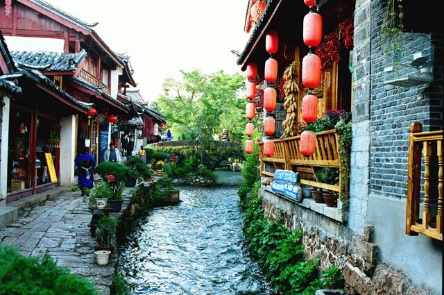 中国西南の地・雲南省 麗江・昆明・石林6日間の旅